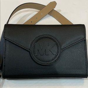 Michael Kors MK Fanny Pack Hipster Bag